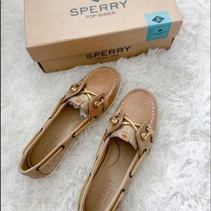 Glitter Sperry top sider, size 6